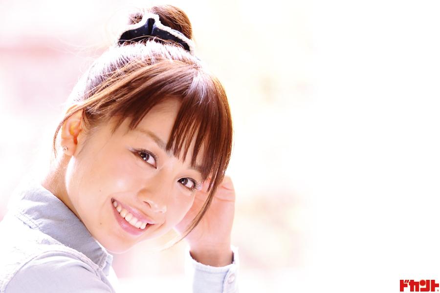 鈴木あきえ トレードマークの癒し系スマイルを封印して好演した出演作が公開中