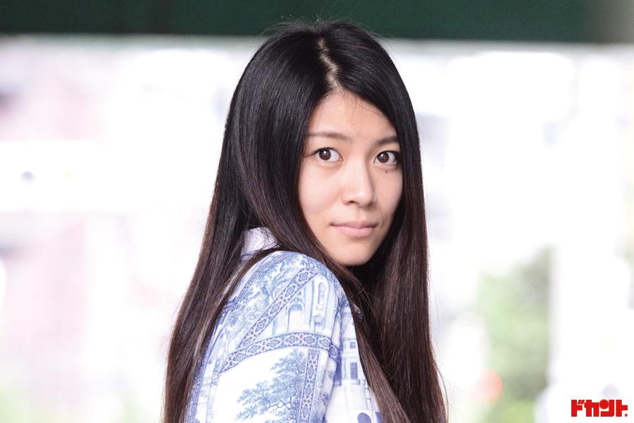 瀧内公美 主演・長編・ヌードの初が3つ!!!ギラギラ系新進女優の懸けた想い
