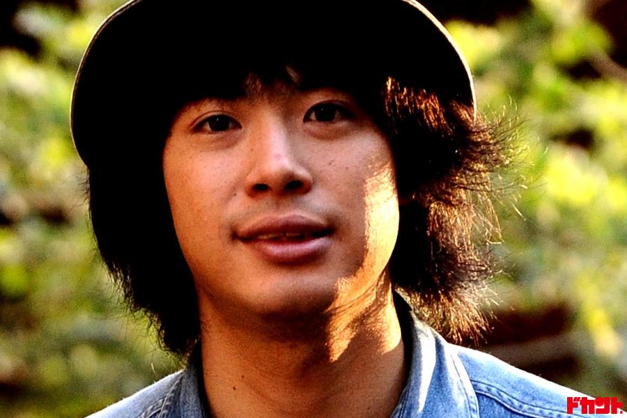 渡辺大知 R&Rバンドのフロントマンで役者としても活躍!頑張っている男に突き刺さる初監督映画が劇場公開