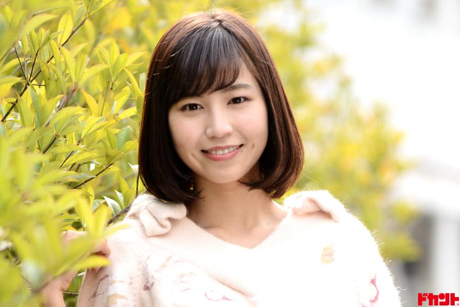 夏江紘実 いつも笑顔のカエちゃんが新作で大胆披露