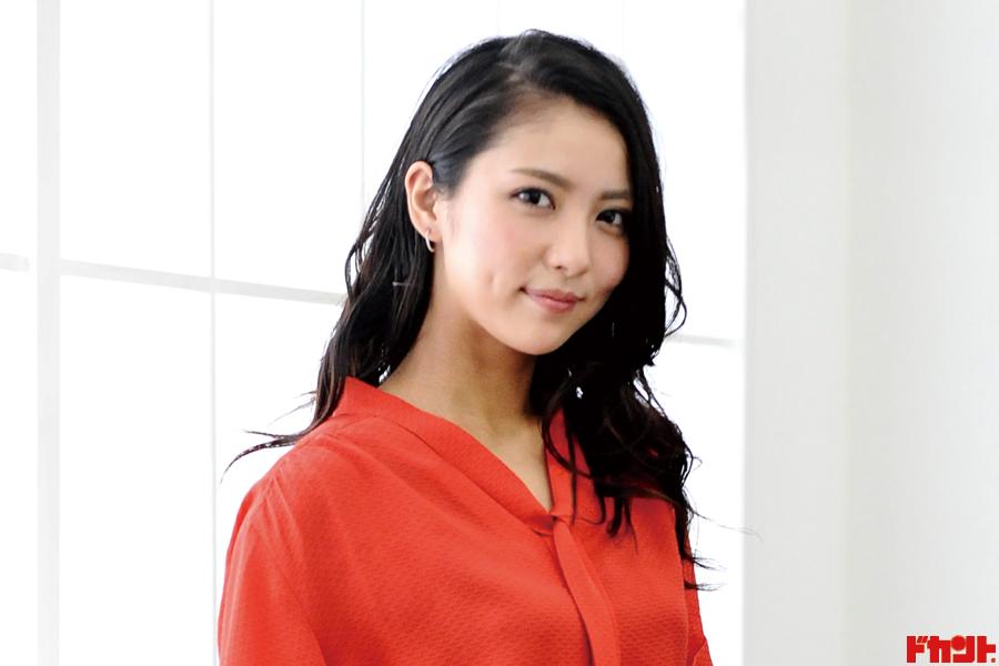 石川恋 女優・モデル・グラビアとマルチに活躍する話題美女が注目映画の続編に