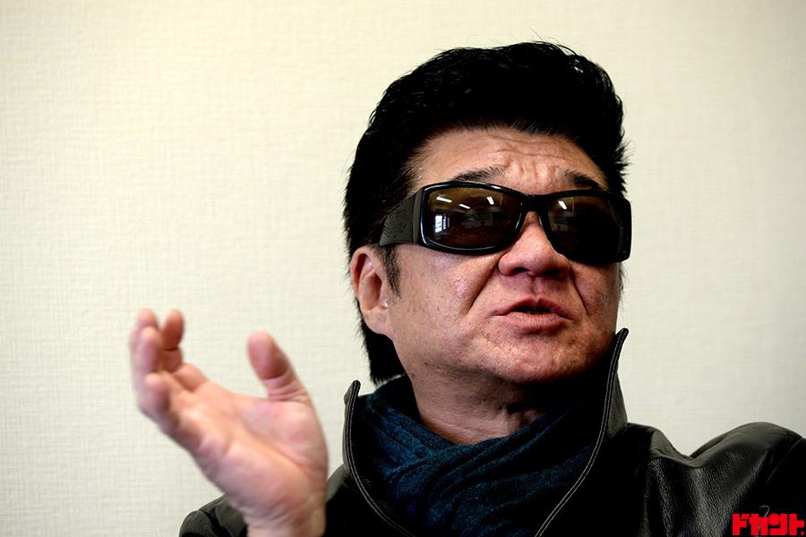 芸能界最強のVシネマ帝王である俳優の小沢仁志氏が時に優しく、時に厳しく歯切れよく人生指南!