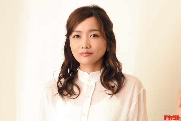 """佐藤江梨子 """"サトエリ""""の愛称で知られ幅広いジャンルで活躍中の女優が主演した話題の映画が公開"""