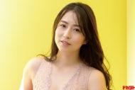 薄井しお里 元女子アナが1st写真集を発売