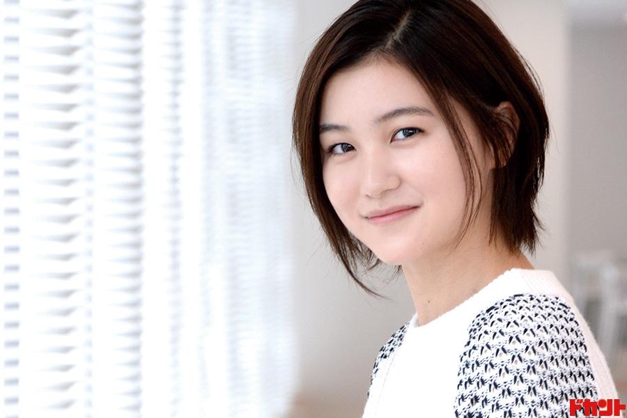 山口まゆ 長渕剛さん主演映画に娘役で出演