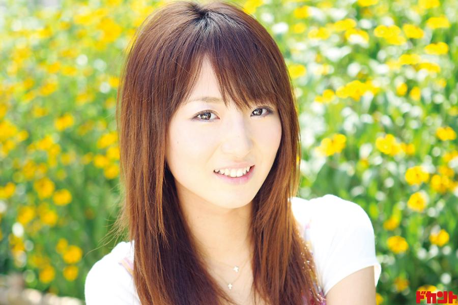 """佐藤由加理 AKB48""""ゆかりん""""が1st写真集&DVD発売"""