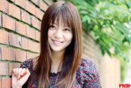 芳賀優里亜 「仮面ライダーキバ」に出演中の 新進女優が最初で最後の水着DVDを