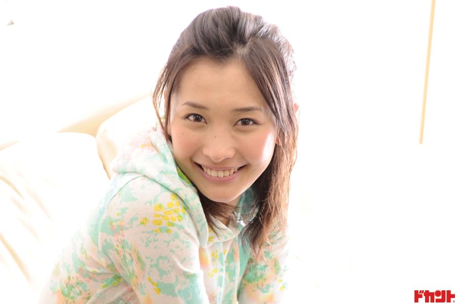 山崎真実 舞台「櫻の園」出演も控える人気アイドルは怖いモノなしで…!?